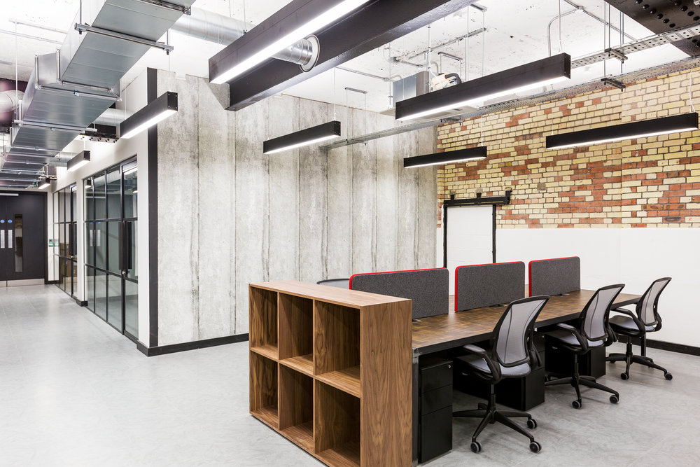 A CONTEMPORARY DESIGN FOCUS. - Features such as creative breakout areas, on-site cafes and restaurants, and dedicated meeting rooms enable like-minded businesses to create a community within the workplace.