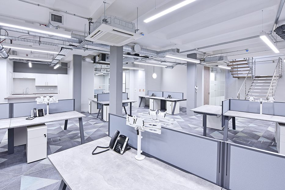 - The high output version of the Lopen Suspended in standard sizes of 1682mm and 2242mm was used to illuminate the open plan office space and 5 individual offices. The Lopen boasts outstanding performance and energy efficiency and its clean-cut look make it an ideal luminaire for general office lighting.