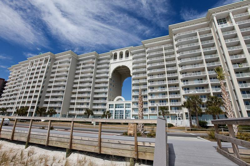 jeffrey-prescott-architects-majestic-sun-condo-destin-florida-architect-design-2.jpg