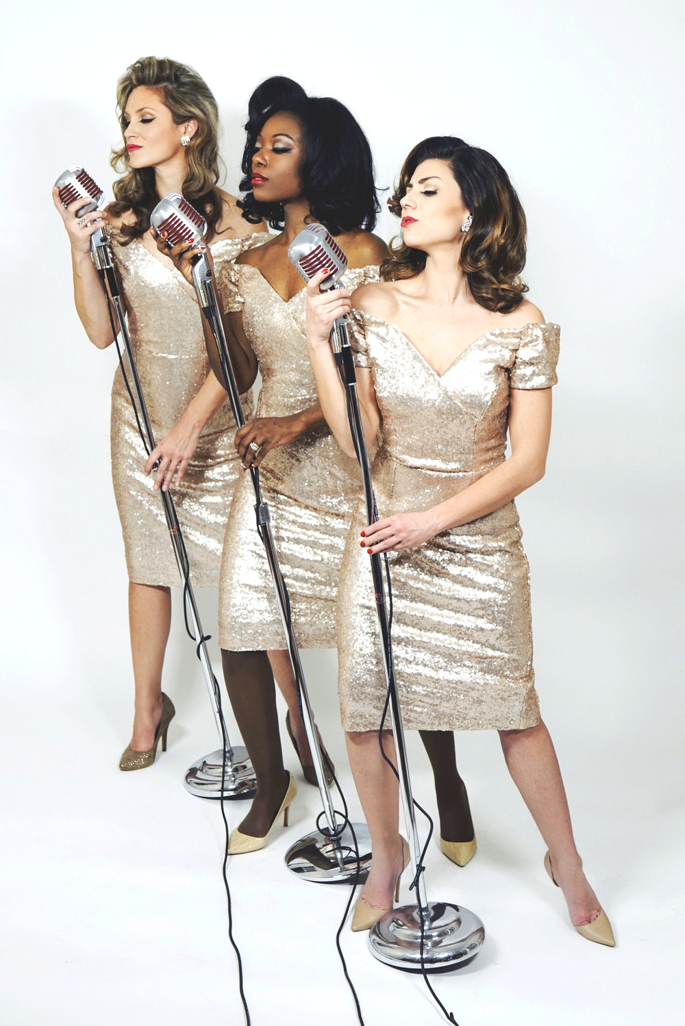 The Lovettes on Mic