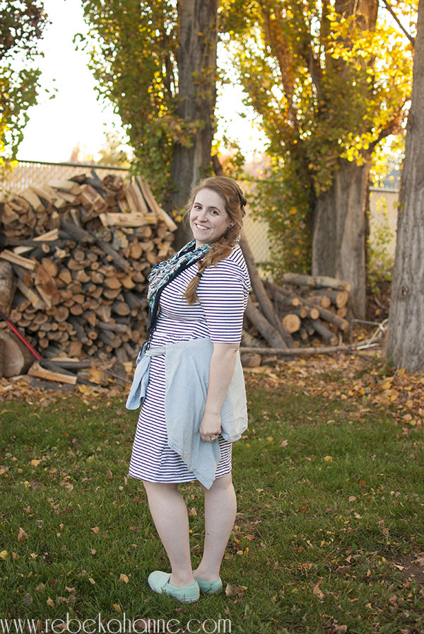 Every feel like you can't pull off your favorite trends just because you have hips? It's simply not true! You just need to adjust it. Check out how I tied a shirt around my waist, despite having curves!