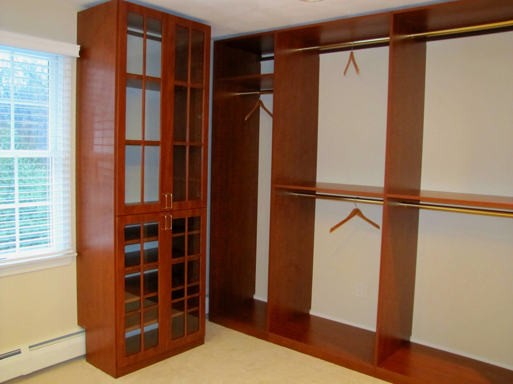 Sunset Walk-in Dressing Room with Glass Doors