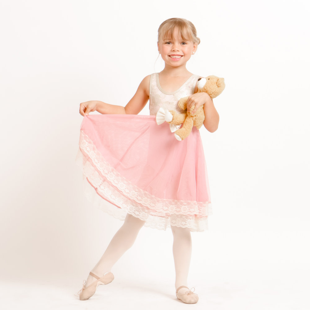 Primary Ballet - Ages 4-7. A great transition from Combo into traditional dance classes (no previous dance experience required). Students will learn basic ballet positions, technique, and barre and floor exercises as they develop strength, grace, & flexibility. Ballet classes lay the foundation for all other dance styles.