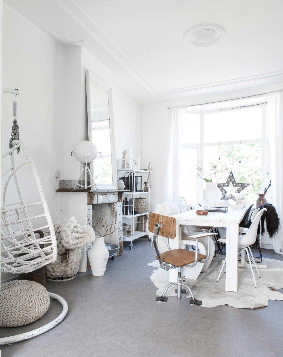 Hangstoel Vintage Wit.White In Haarlem Kate Young