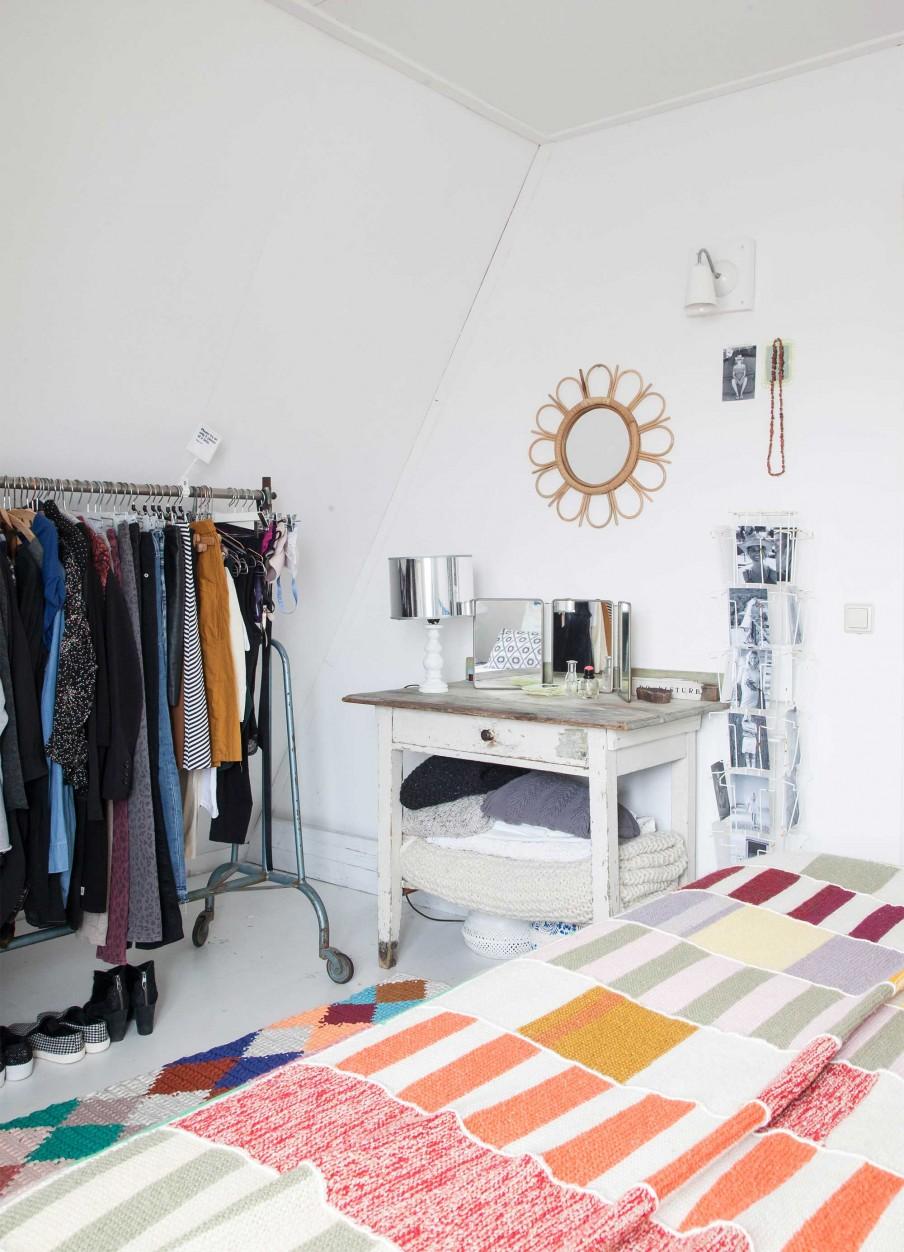 13-slaapkamer-kledingrek