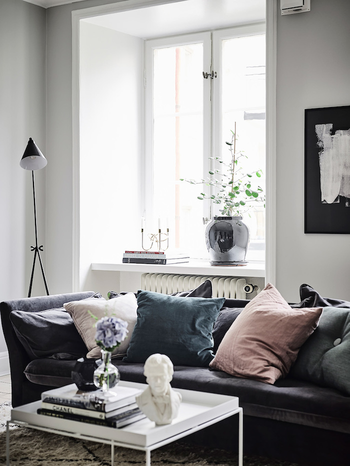 living-room-swedish-apartment.