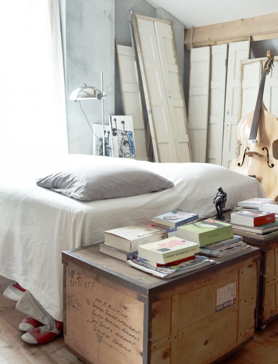 naarden-hoekwoning-slaapkamer-romantisch-houtwerk-houten-panelen