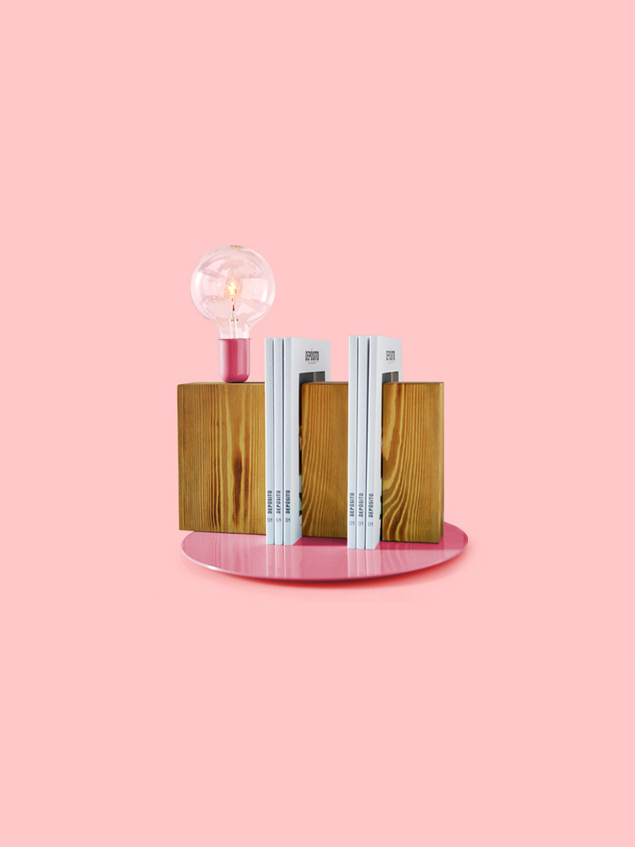 Tarapera Stand By Me Pink Table Lamp