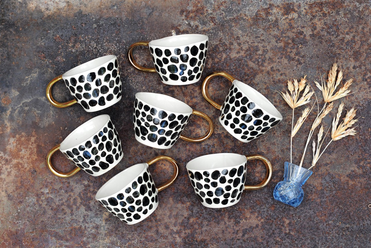A beautiful collection of handmade ceramics from Liquorice Moon Studio.