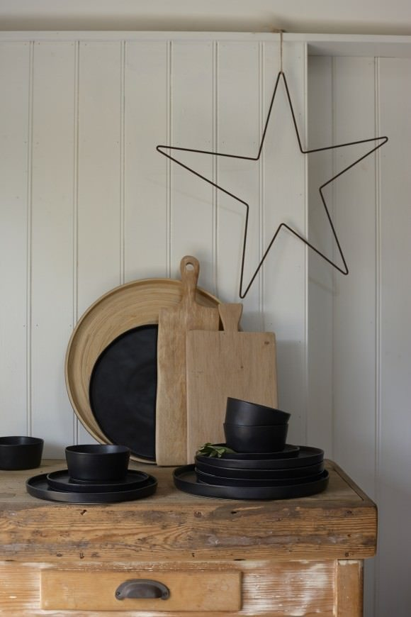 This black ceramic collection is just one of the many items from Also Home, my new online store crush...