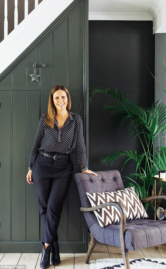 Today we look around the beautiful Sussex home of Rockett St George co founder, Jane Rockett. It is a perfect mix of old and new, light and dark and a place where designer pieces sit at ease next to family memorabilia and flea market finds.