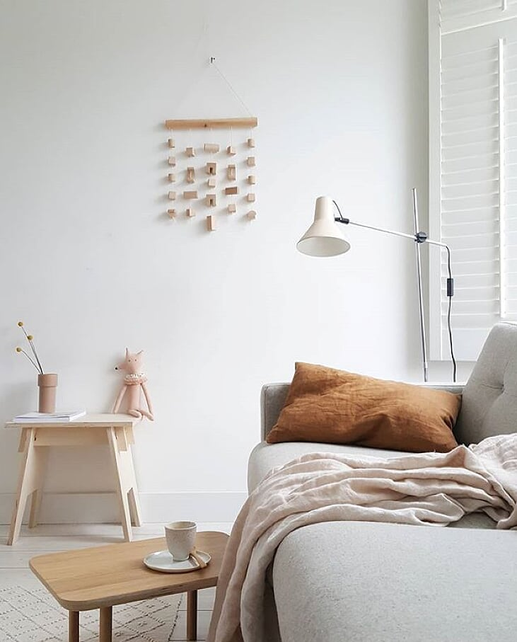 A mix of white, light greys, blush pinks and caramel with a touch of blue. I am in love and it has got me thinking about redecorating my whole house! Again!