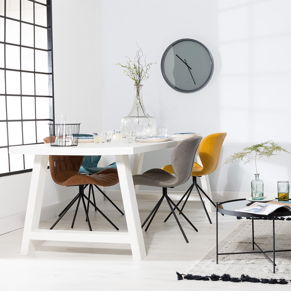Picking a new dining table can be a tricky business! Gone are the days when all that mattered was size and shape! The choice is endless and more than ever it often doubles up as a desk as well as a place to do homework and never ending craft project if you have kids! So where do you begin?