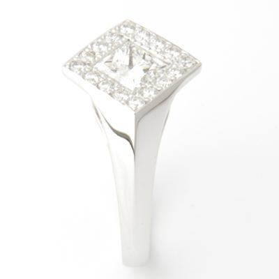 18ct White Gold Princess Cut Diamond Halo Engagement Ring 1.jpg
