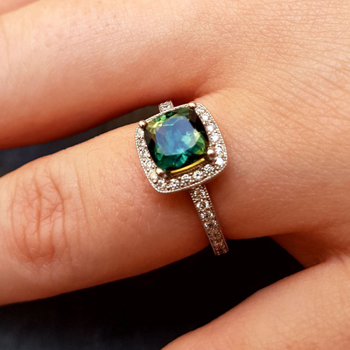 Bespoke Green Sapphire and Diamond Halo Engagement Ring, Form Bespoke Jewellers, Recommended Jewellers, Leeds, Yorkshire.jpg