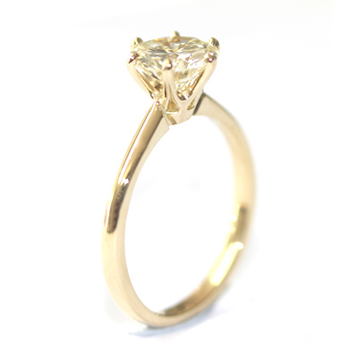 18ct Yellow Gold Diamond Engagement Ring with Six Claw Setting 1.jpg