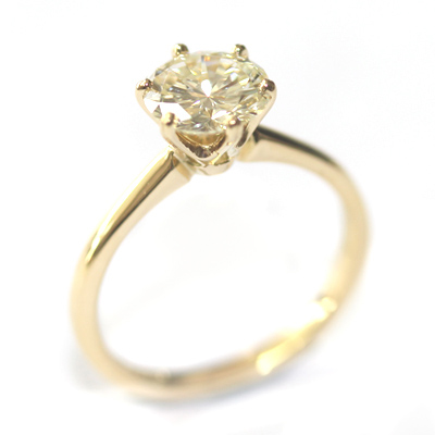 18ct Yellow Gold Diamond Engagement Ring with Six Claw Setting 4.jpg