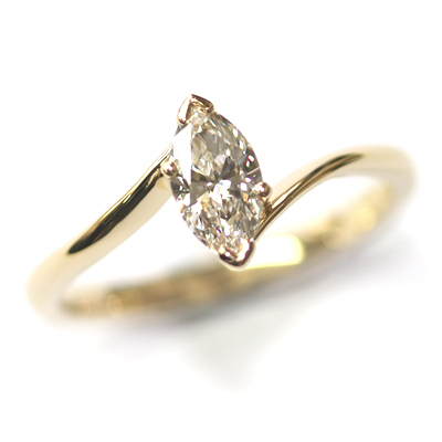 18ct Yellow Gold Solitaire Marquise Cut Diamond Engagement Ring 5.jpg