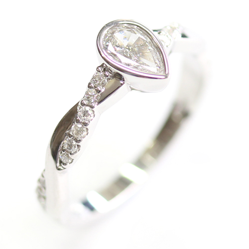 9ct White Gold Pear Cut Diamond Engagement Ring.jpg