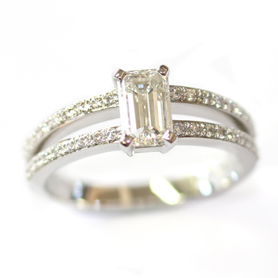 Emerald Cut Diamond Engagement Ring with Split Diamond Set Shoulders 1.jpg
