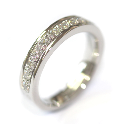 Platinum Grain Set Diamond Wedding Ring with a Border 2.jpg