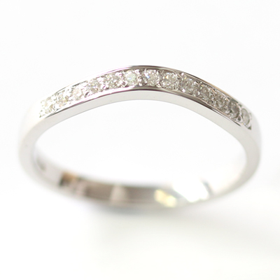 9ct White Gold Diamond Set Fitted Wedding Ring 4.jpg