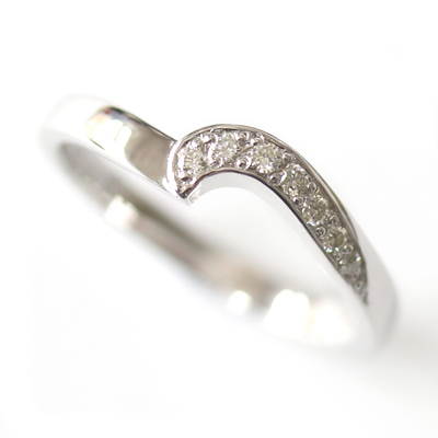 9ct White Gold Diamond Fitted Wedding Ring 3.jpg