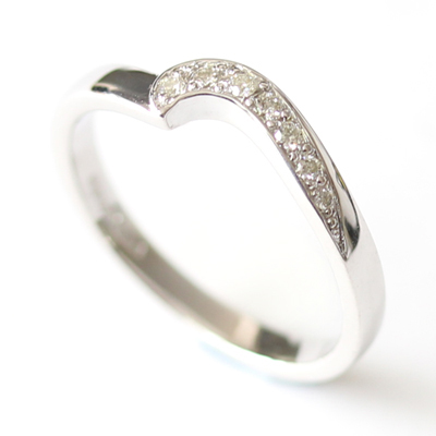 9ct White Gold Diamond Fitted Wedding Ring 4.jpg