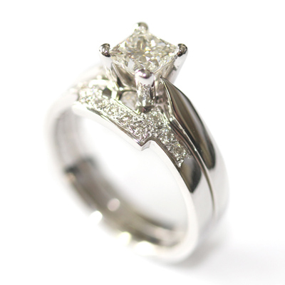 18ct White Gold Diamond Set Fitted Wedding Ring for a Solitaire Engagement Ring 1.jpg