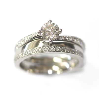 Platinum Diamond Set Fitted Wedding Ring 1.jpg