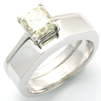 18ct White Gold Handmade Plain Fitted Wedding Ring 2.jpg