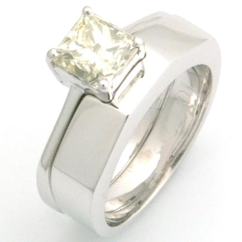 18ct White Gold Handmade Plain Fitted Wedding Ring.jpg