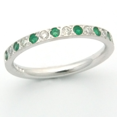18ct white gold diamond and emerald eternity ring 3.jpg