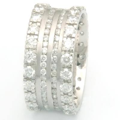 Platinum Gucci-style Diamond Ring 3.jpg