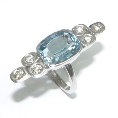 9ct White Gold Aquamarine and Diamond Cocktail Ring 3.jpg