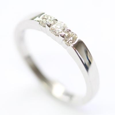 18ct White Gold Diamond Trilogy Dress Ring 1.jpg