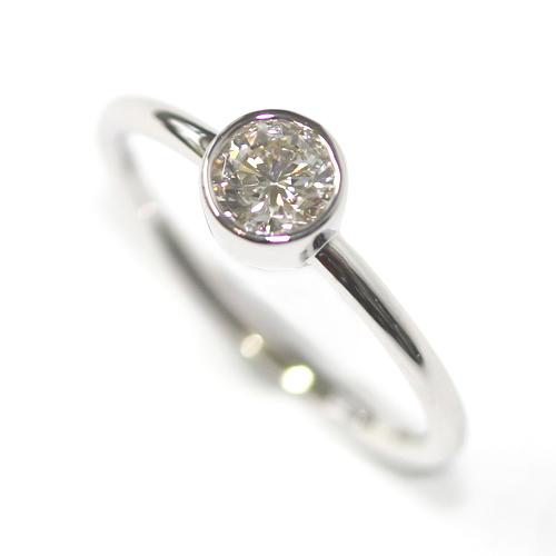 9ct White Gold Solitaire Rub Set Diamond Dress Ring.jpg