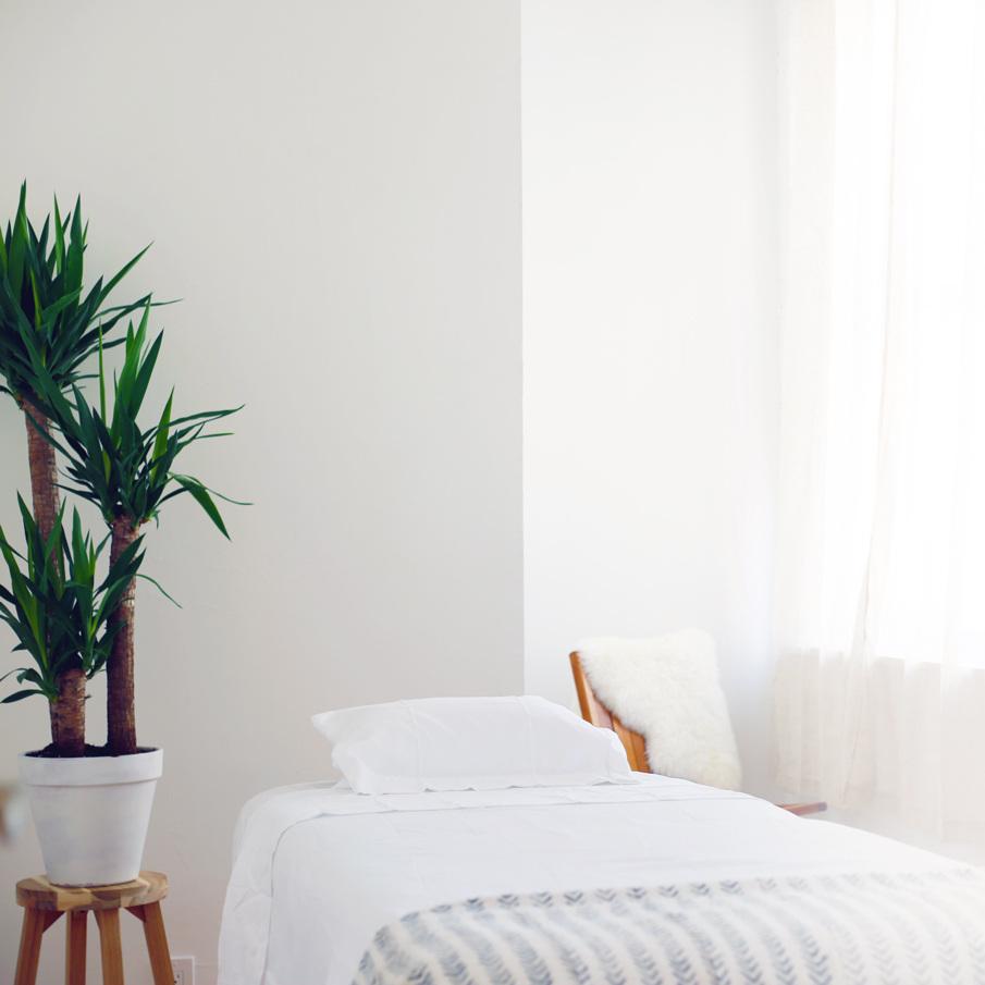 massage_room_banner_etended_background.jpg