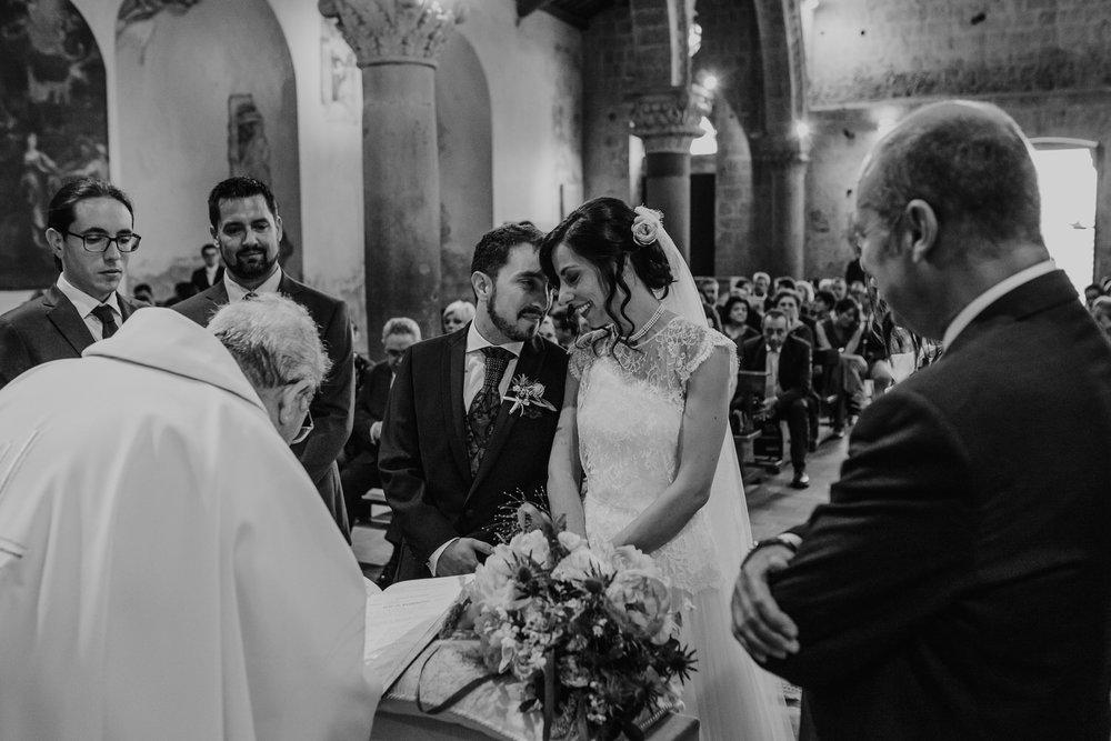 boda-italia-tuscania-abbazia_di_san_giusto-wedding-18.jpg