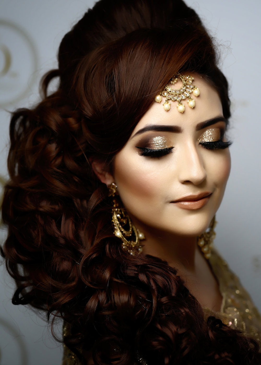 2 DAY - BRIDAL MAKEUP APPLICATION: - Summary:- Day/Natural Makeup- Evening/Party- Registry/Walima- Traditional BridalFEES: £695