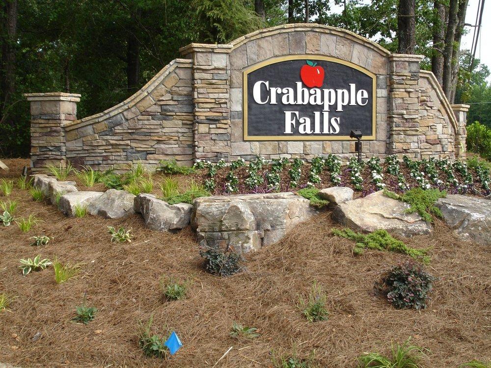 crabapple falls.jpg