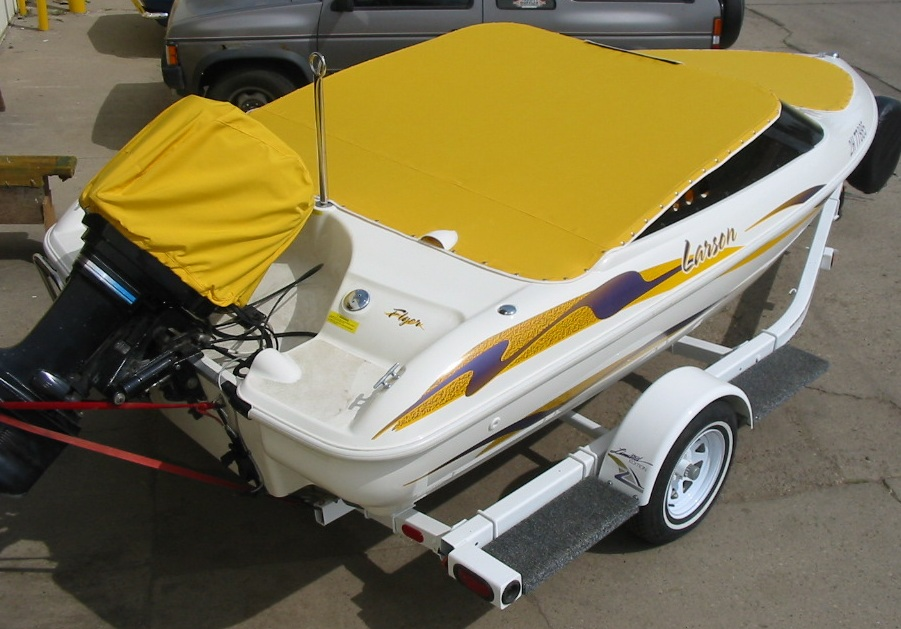 Eye catching boat cover
