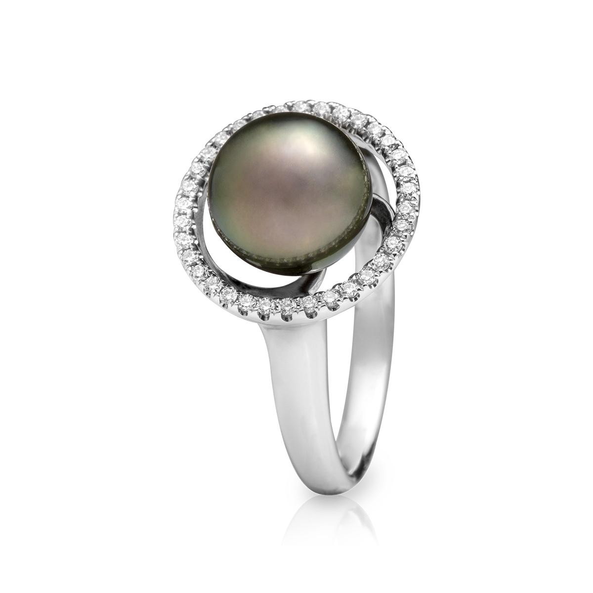 2be5d1f05c64 Anillo en oro blanco con perla y brillantes — JQUIRÓS