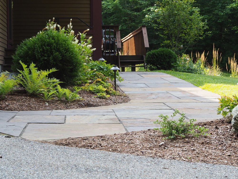 Beautiful maintained outdoor living space in Vermont