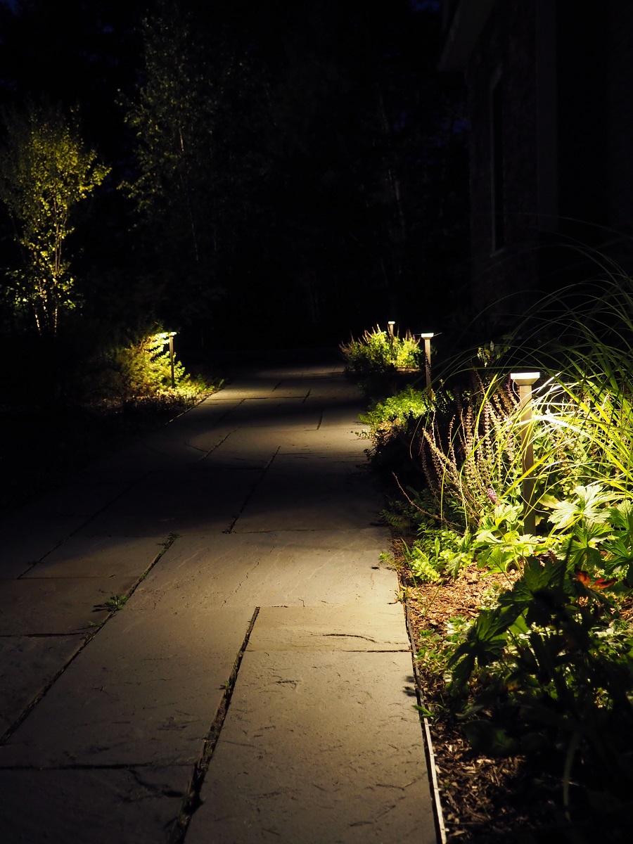 Pittsburgh, PA stunning landscape lighting with walkway