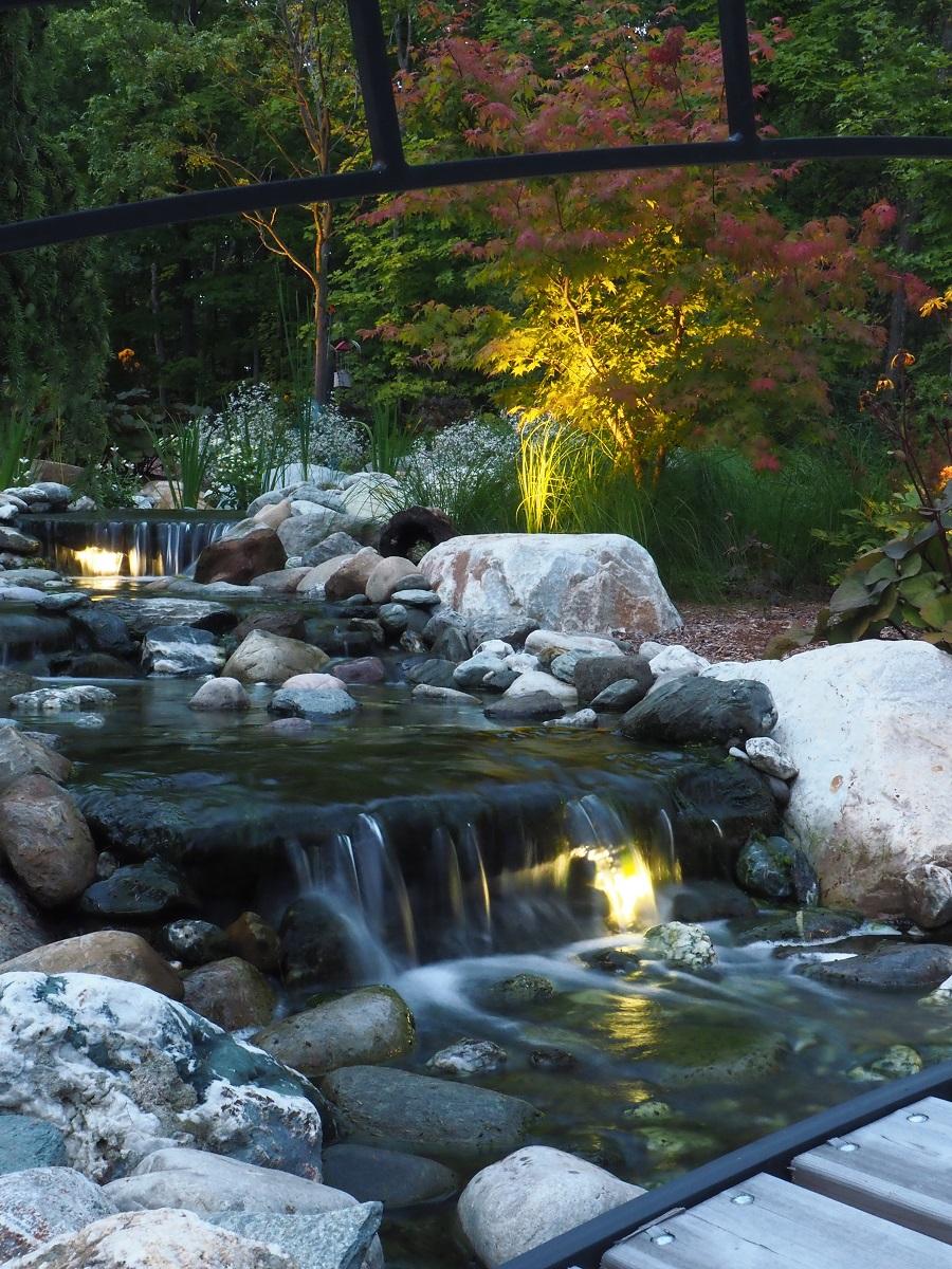 Colchester, VT top landscpe company for landscape lighting