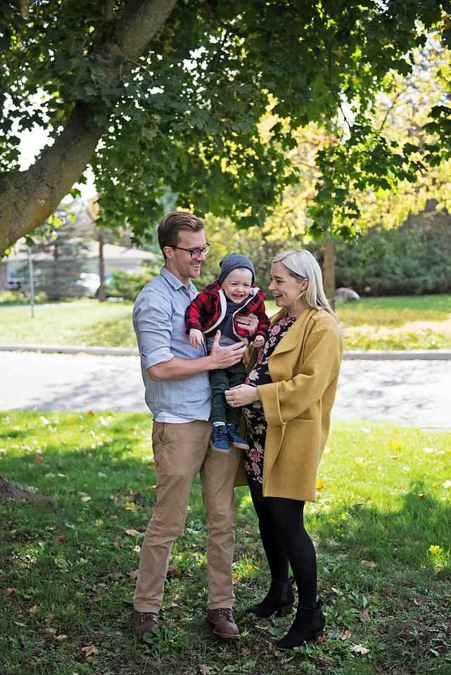 York Region maternity photography YouByMia Photography