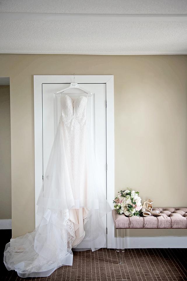 Toronto wedding photographer YouByMia Photography