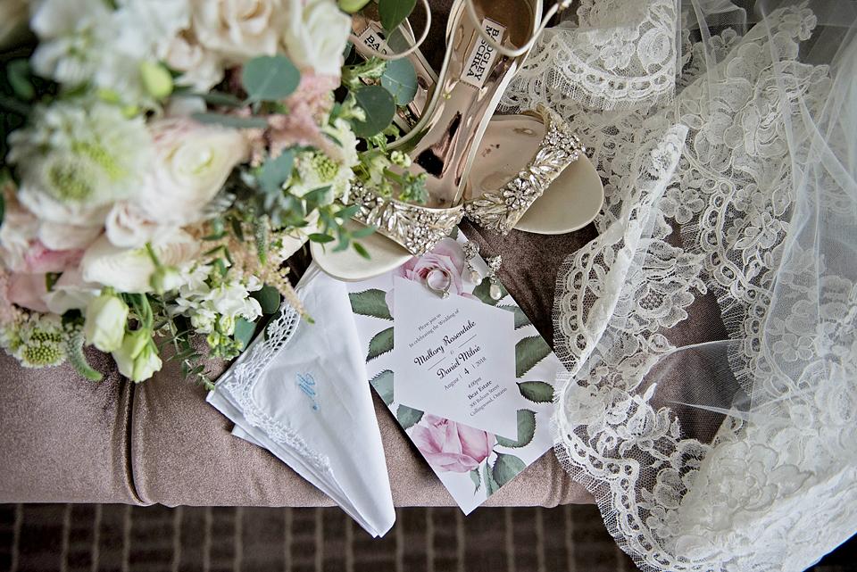 Toronto wedding photographer YouByMia PhotographyToronto wedding photographer YouByMia Photography