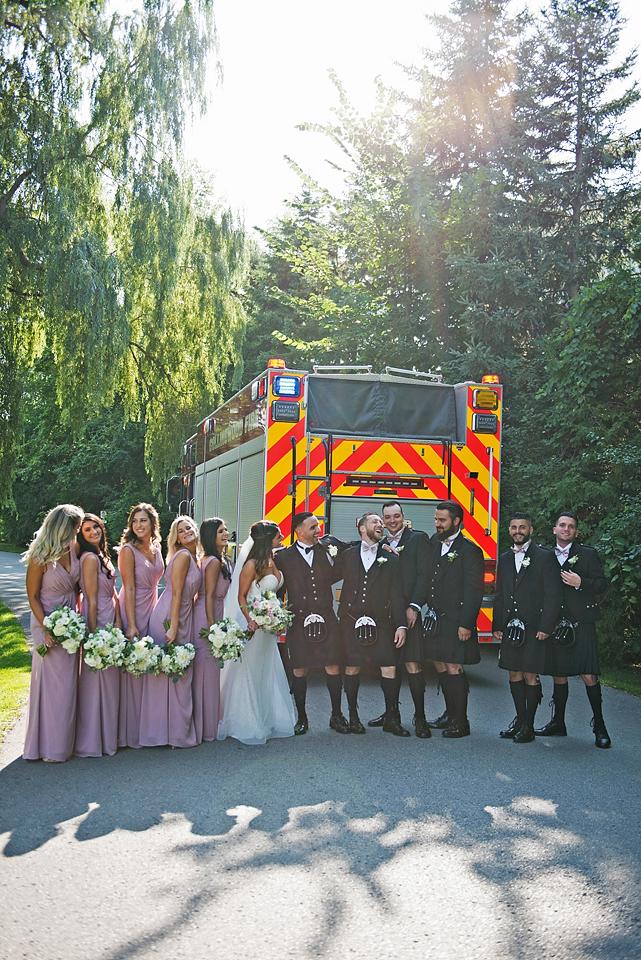 Toronto wedding photographer YouByMia Photography - Wedding Party